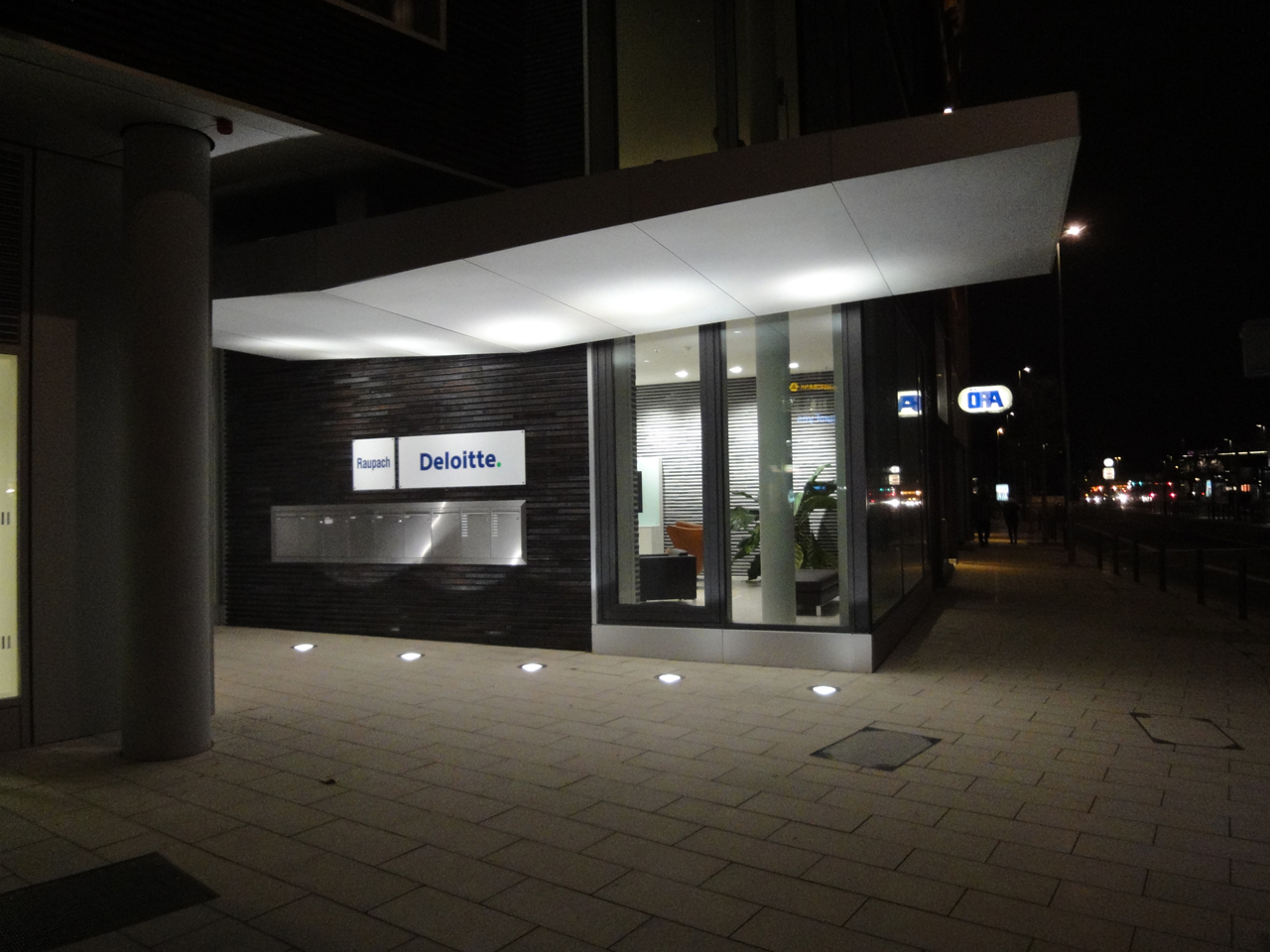 Opern-Plaza